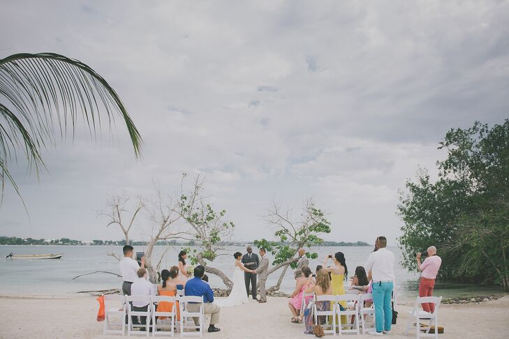 Maricel and Ramil had a heartfelt ceremony on the beach in Negril, Jamaica.
