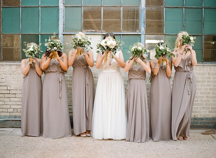 Marissa wanted her six best friends to have a common bridesmaid theme yet show off their personal style. When she found these cocoa-colored Amsale Nouvelle dresses on Pinterest, she knew they were perfect.