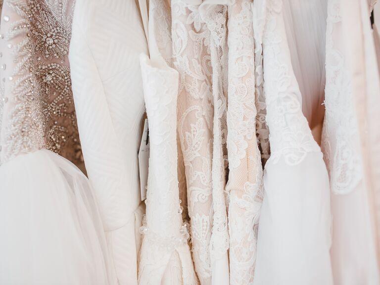 wedding dress shopping mistakes