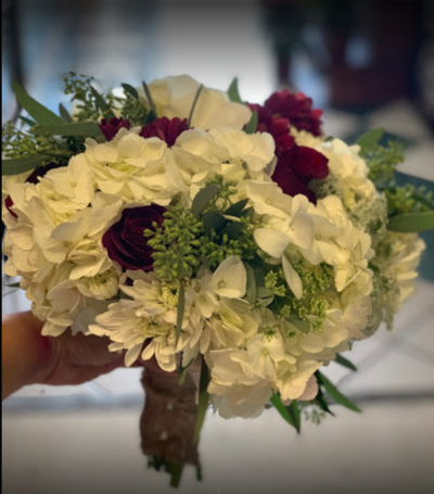 Holiday Flowers & Party Spls