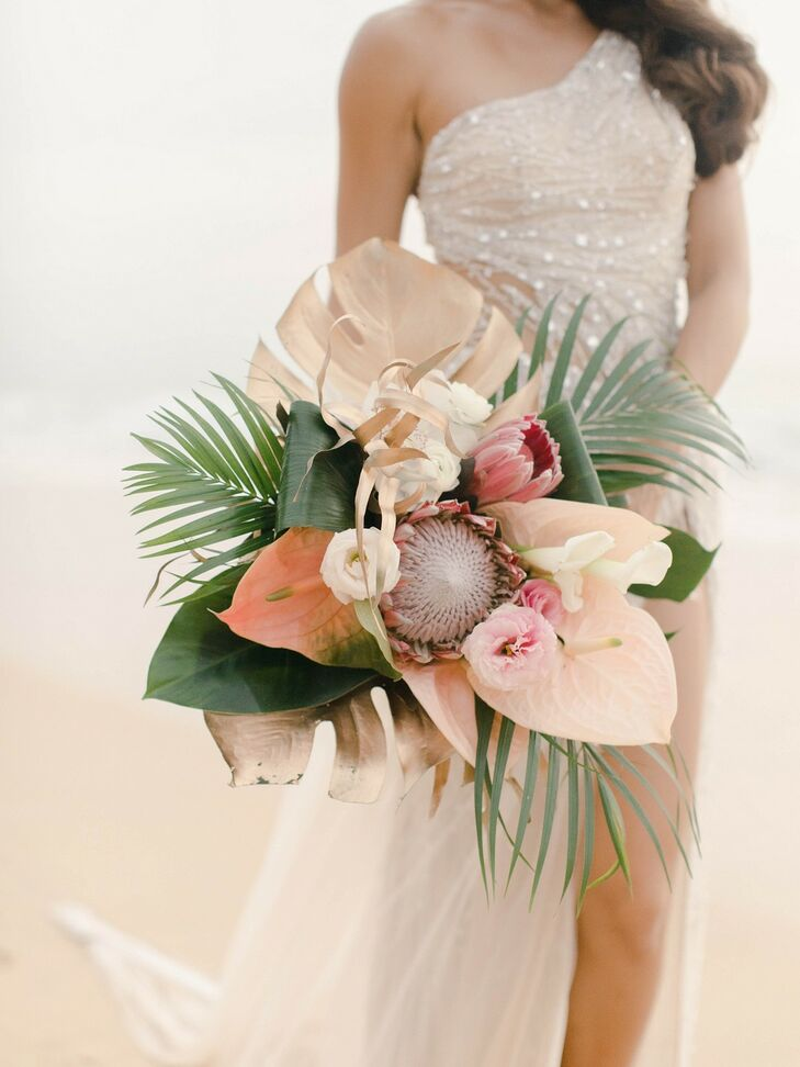 Romantic, Tropical Bouquet with Protea and Palm Leaves