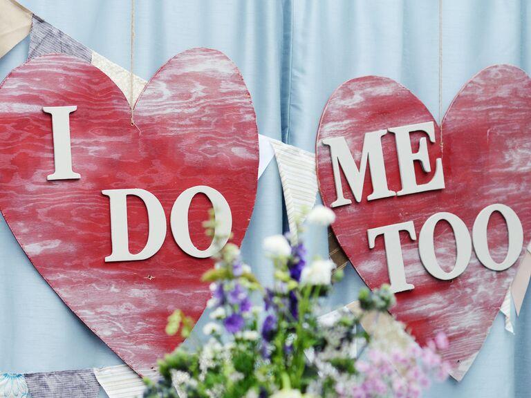 DIY heart wedding signs