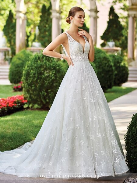Bridal Salons in Cleveland OH - The Knot