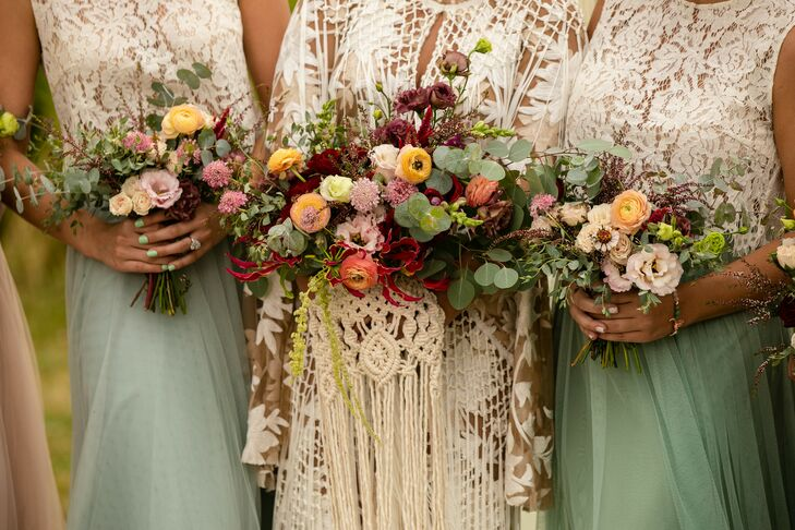 Bohemian Bouquets of Eucalyptus, Lisianthus and Ranunculus
