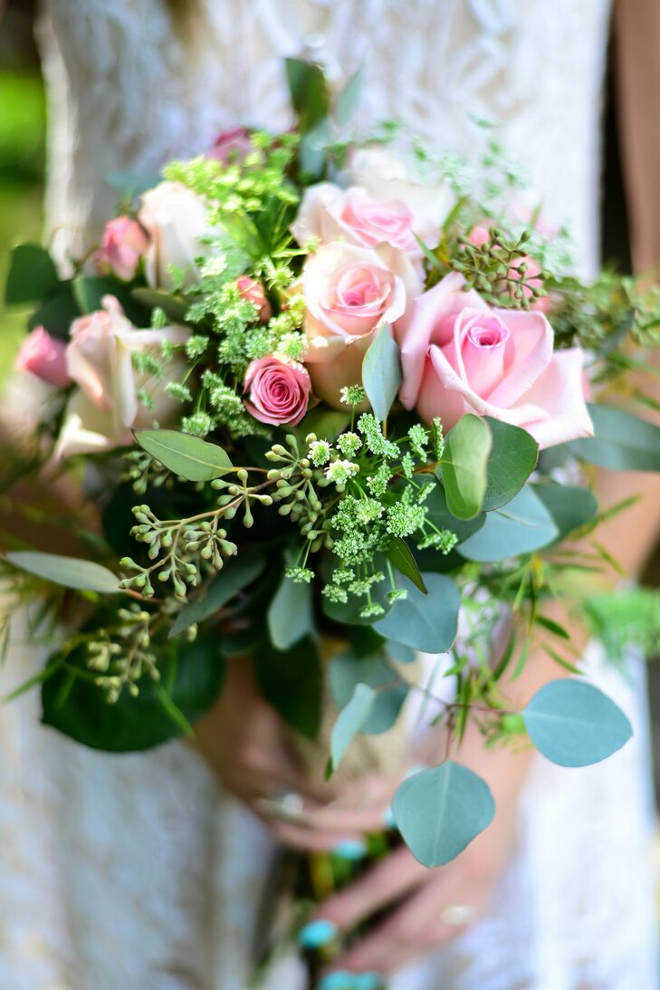 Brianna told her florist to make the arrangements look effortless, as though her bouquet had just been swept up from a field of flowers on her way to the ceremony.