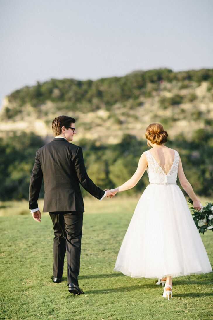 Couple's Shot Outdoors at Austin Country Club