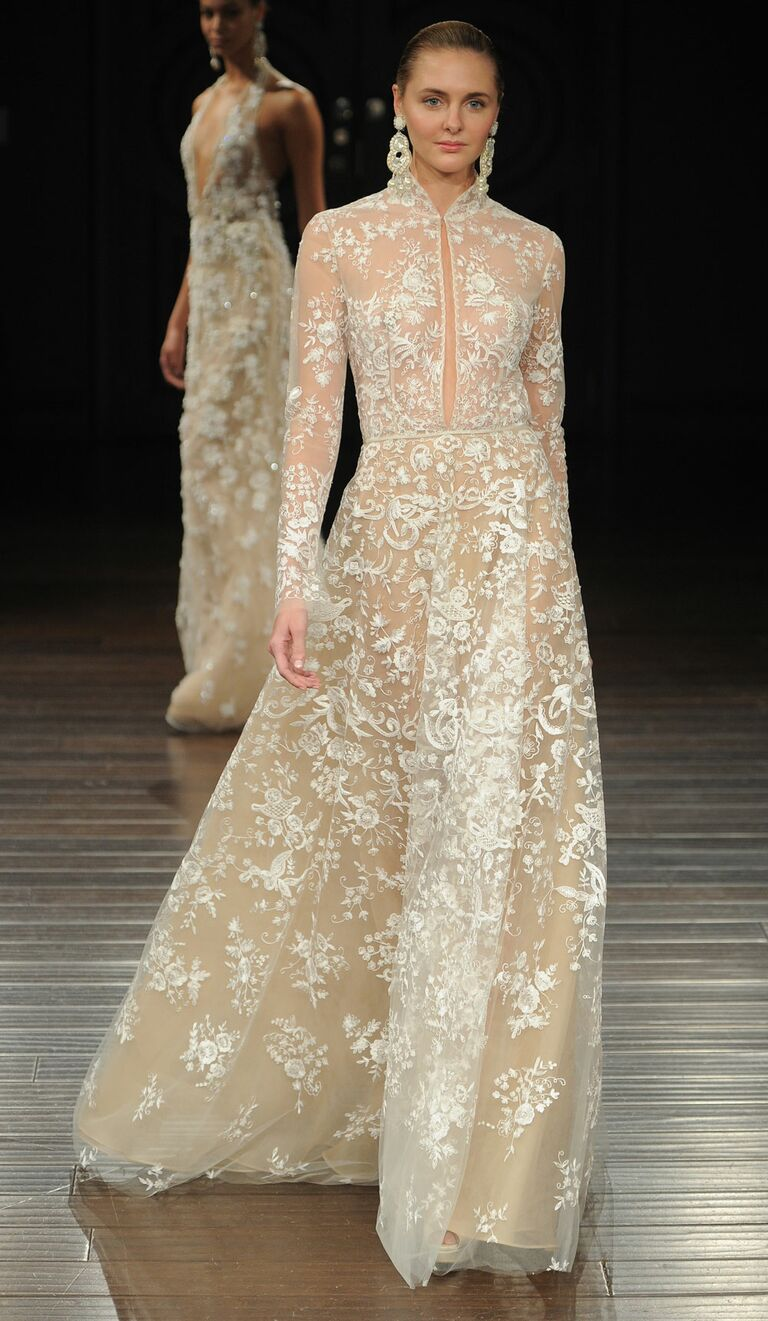 Naeem Khan Spring 2017 High Collar Wedding Dress With Long Sleeves And  Plunging Neckline