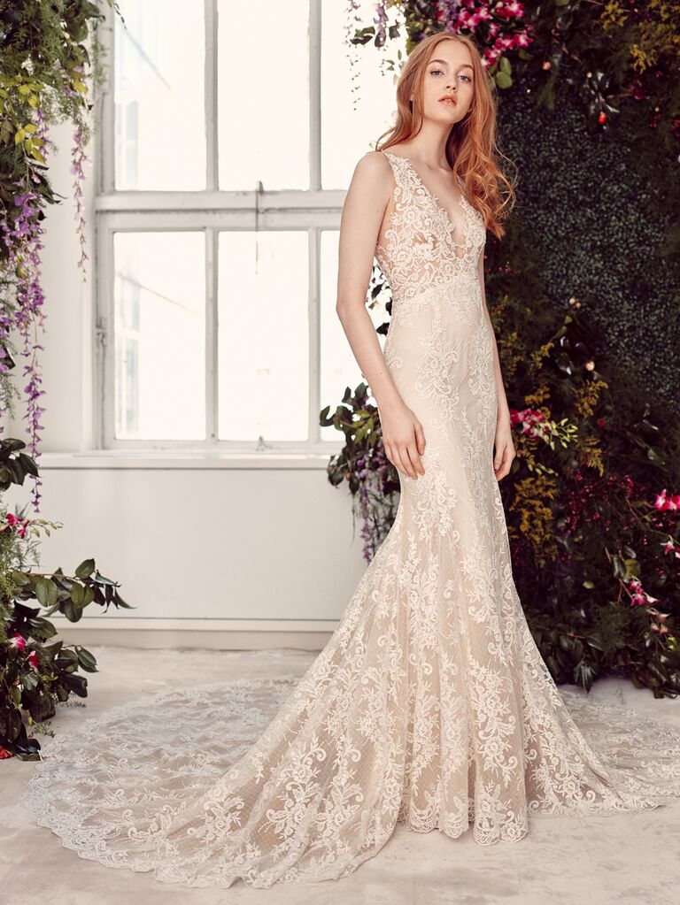 Alyne by Rita Vinieris Spring/Summer 2020 Bridal Collection fitted lace sleeveless wedding dress