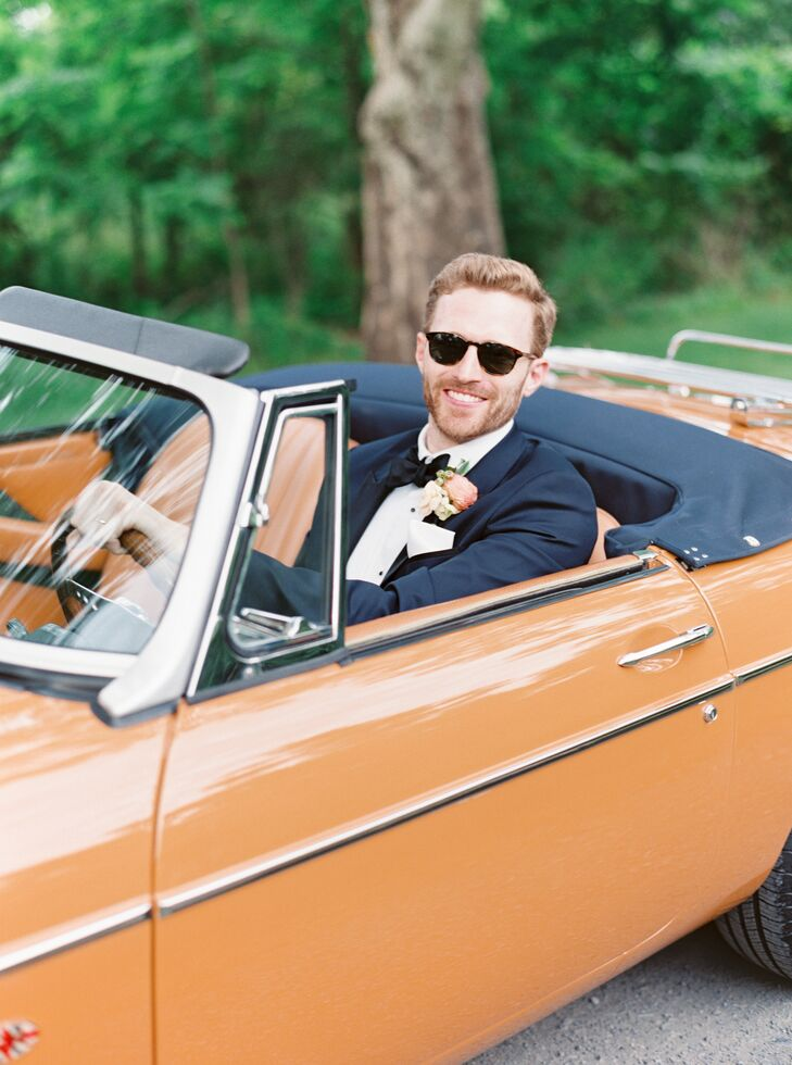 Groom in Orange Getaway Car at Pennsylvania Wedding