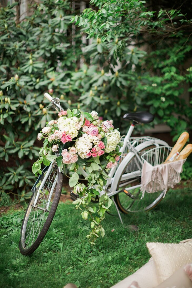 Vintage Bicycle and Lush Floral Garland