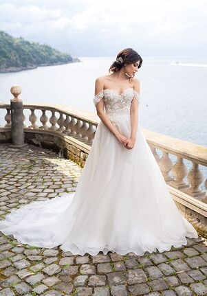 Maison Signore for Kleinfeld Sirya Wedding Dress