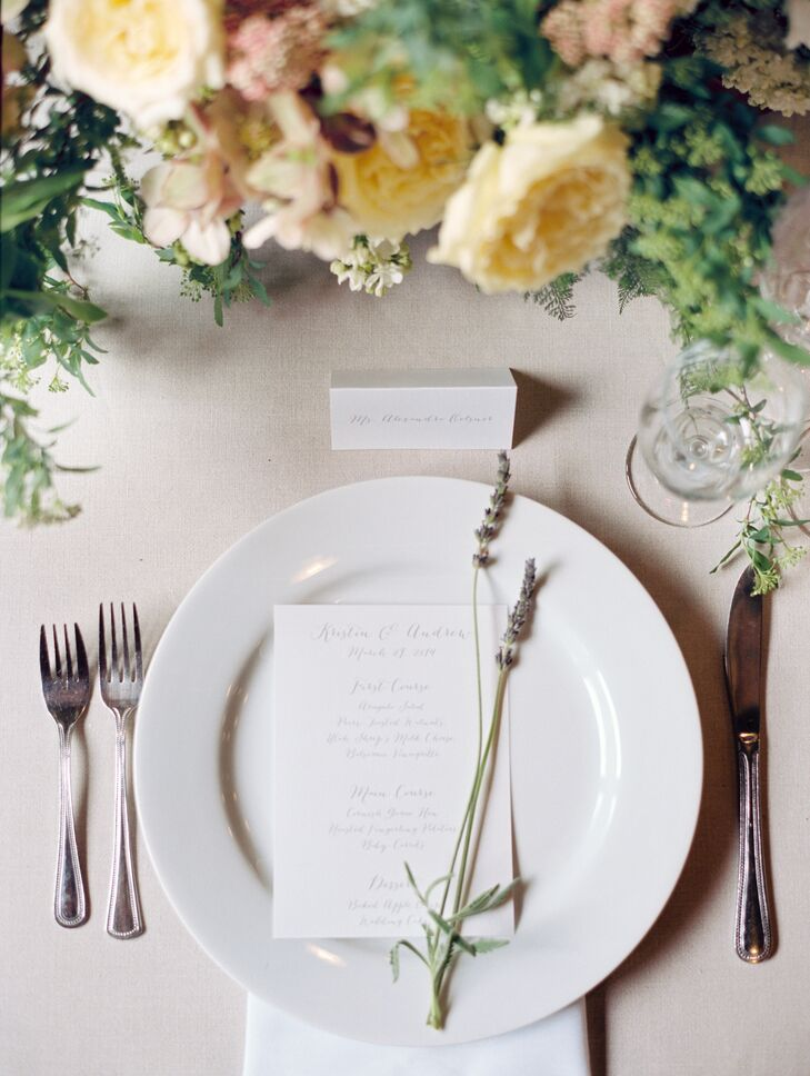 Dusty-gray table linens added an element of softness to the lodge and allowed the flower colors to dominate the space.