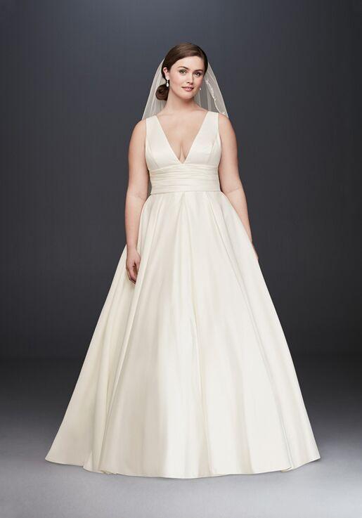 David's Bridal David's Bridal Style 9V3848 Ball Gown Wedding Dress