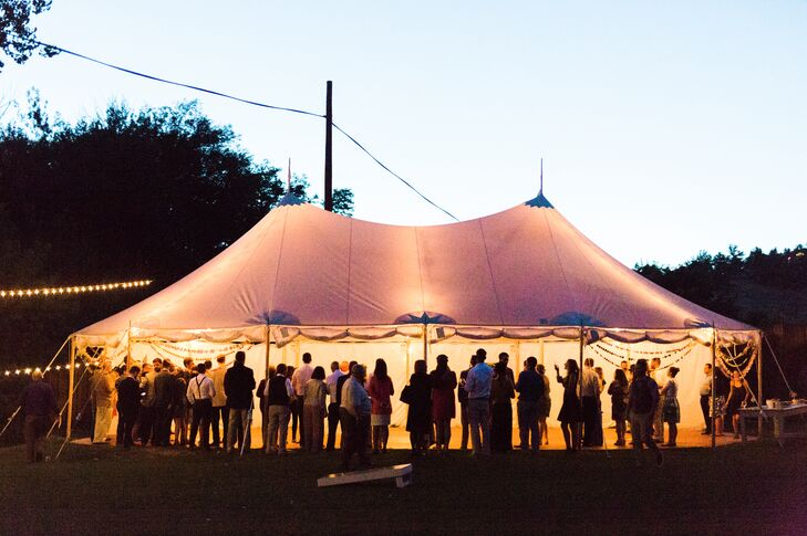 At the on-site tented reception, Devin and Kay's 84 guests enjoyed locally sourced fare—including beer from Kay's 10 Barrel Brewing Company and ice cream sandwiches.