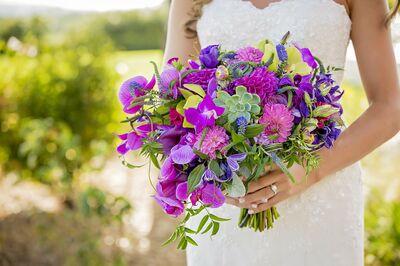 Suzan M. Florals
