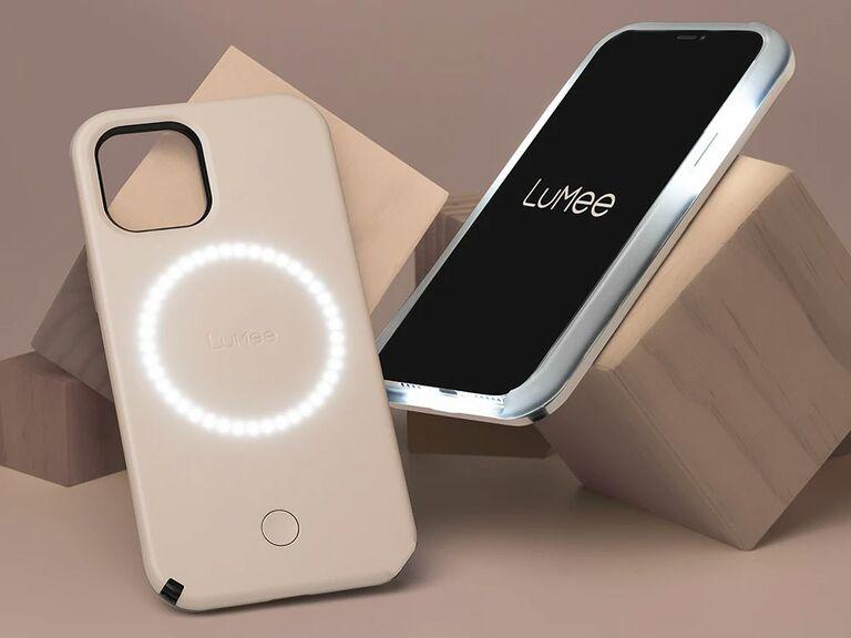 phone case with selfie lighting