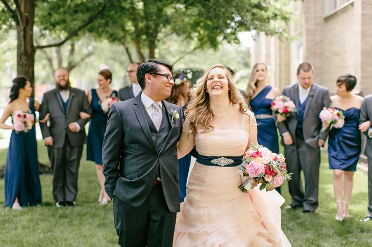 High school sweethearts Mary Willoughby (33 and an AVP of business applications) and Javier Berlanga (32 and a social studies teacher) could have pani