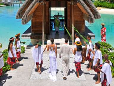 Top 8 Places to Marry in Tahiti