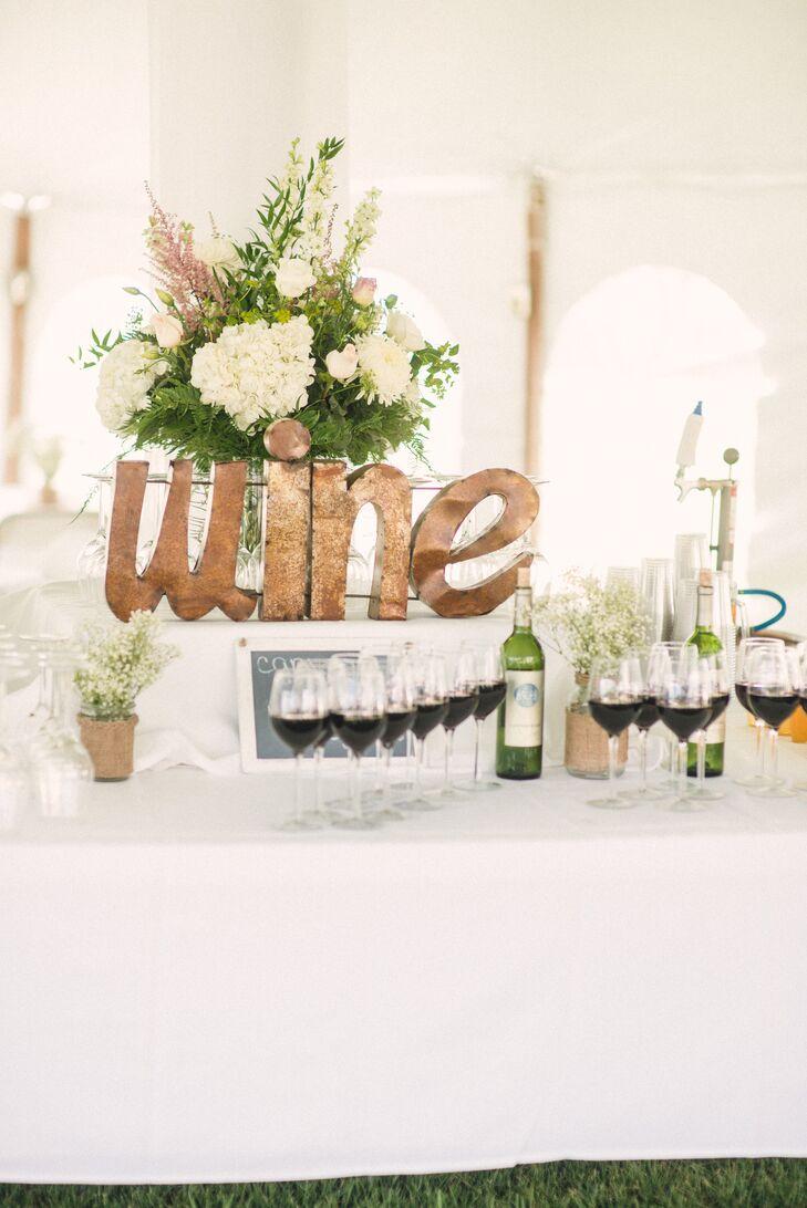 DIY Gold Wine Sign