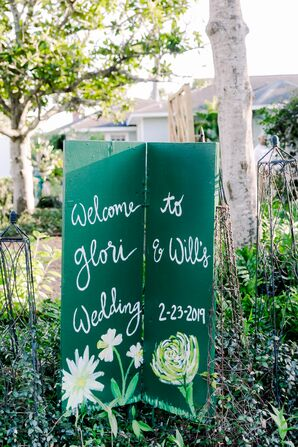 DIY Green Folding Sign in Backyard Wedding