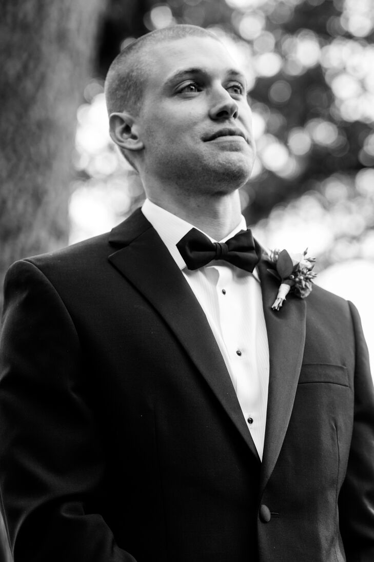 The groom and groomsmen wore Vera Wang tuxedos in classic black and white.
