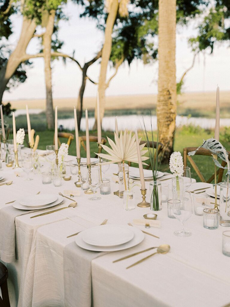 Backyard wedding ideas dried florals