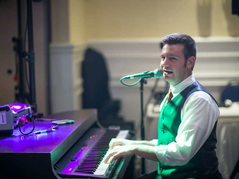 Mobile Dueling Piano Shows - Dueling Pianist - Detroit, MI