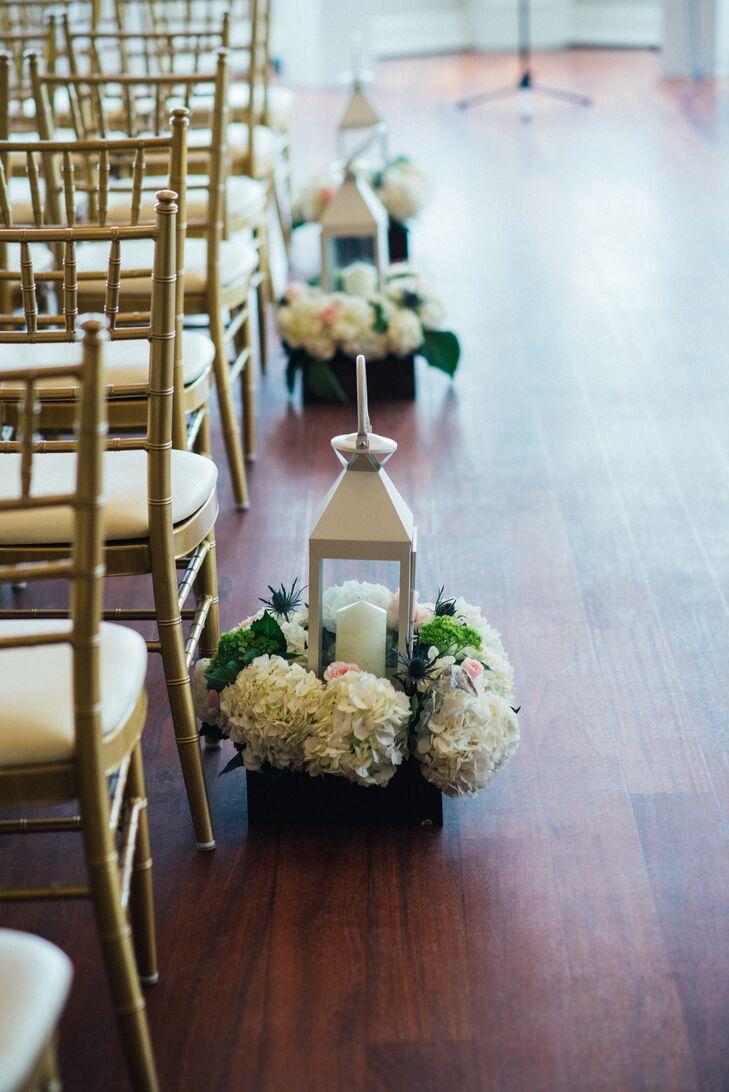 White Lantern and Hydrangea Aisle Markers