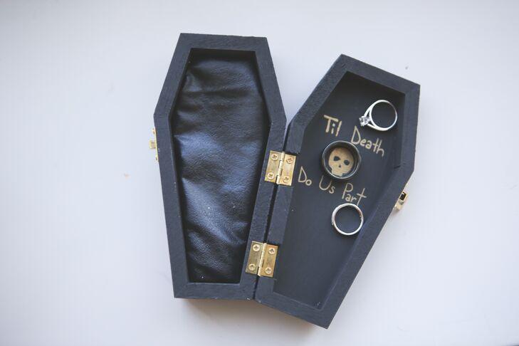 Halloween Coffin Ring Box