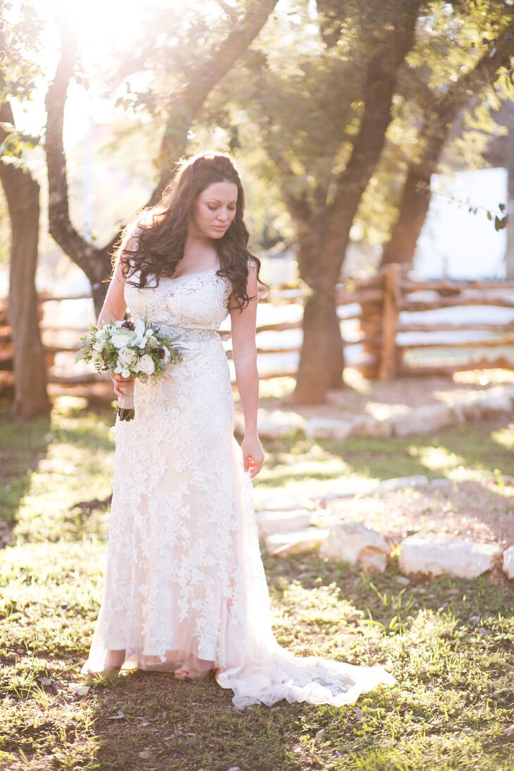 Roxanne wanted a wedding dress she could comfortably two-step in. She wore a detailed, beaded champagne fitted dress with cowboy boots for the ceremony.