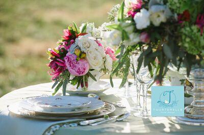 Tourterelle Floral Design