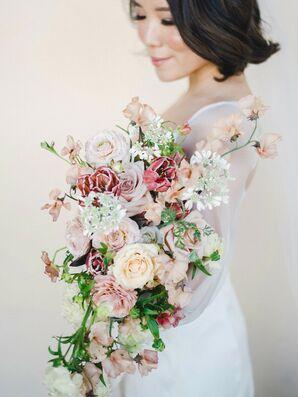 Bridal Bouquet With Sweet Peas at Oak Creek Golf Club in Irvine, California