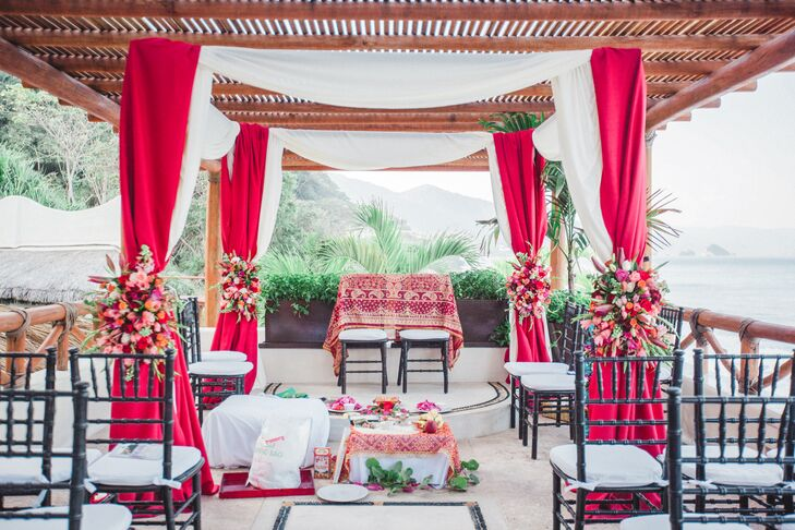 Elegant Waterfront Pavilion Mandap