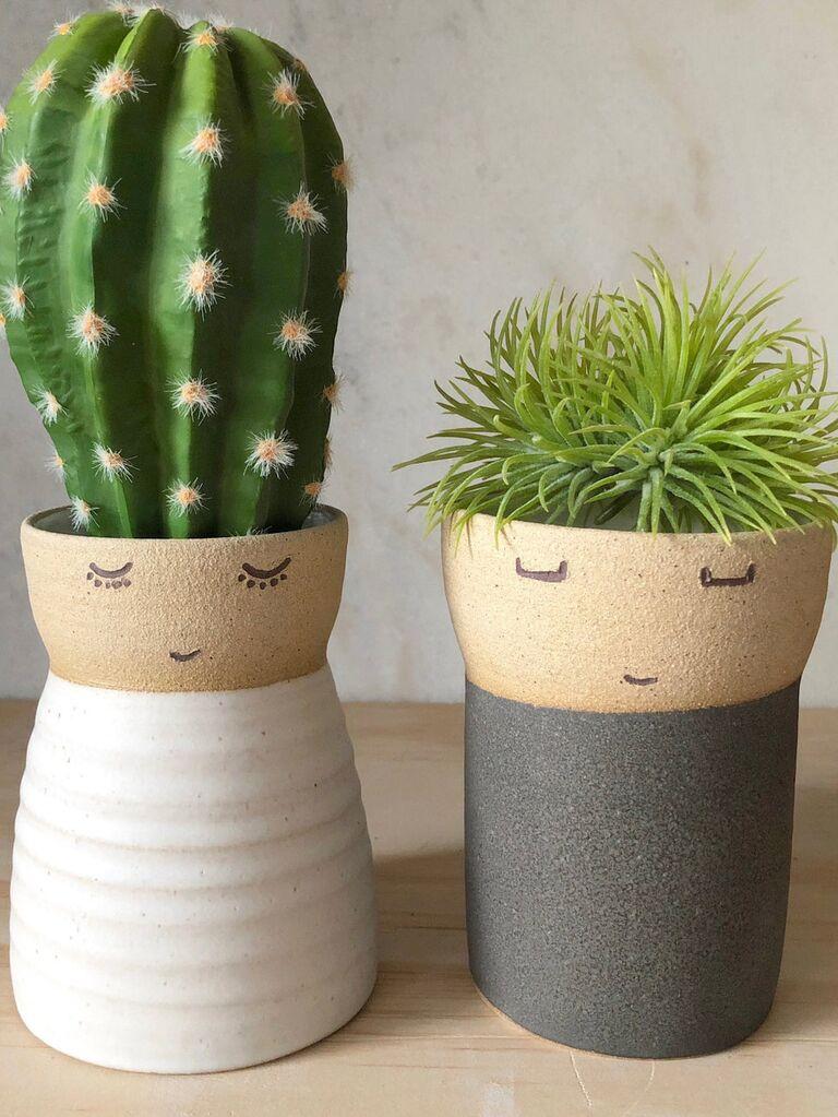 Couple vases