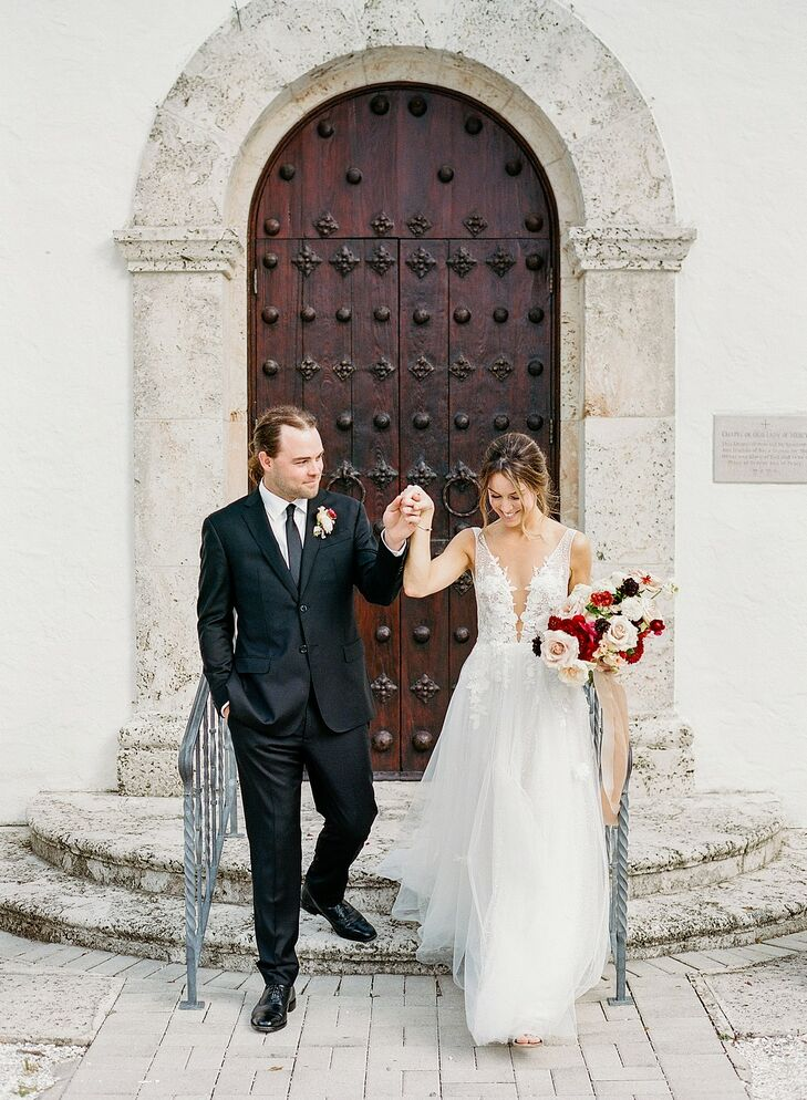 Bride and Groom Portraits at The Gasparilla Inn in Boca Grande, Florida