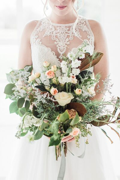 Molly & Myrtle Wedding Flowers & Curated Rentals