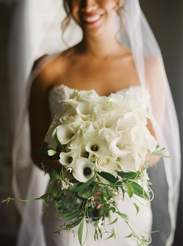 Classic Ivory Rose and Calla Lily Bouquet