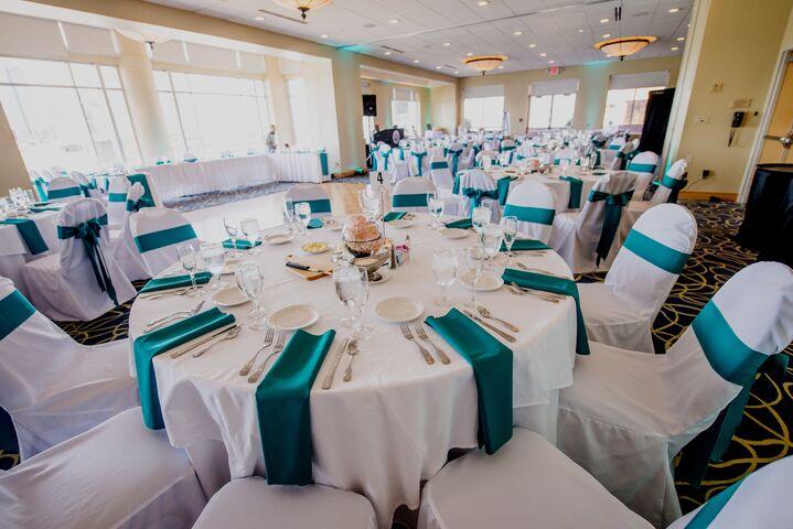 Embassy Suites Cincinnati - RiverCenter - Covington, KY