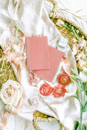 Peach Vow Books for Leesburg, Virginia, Microwedding