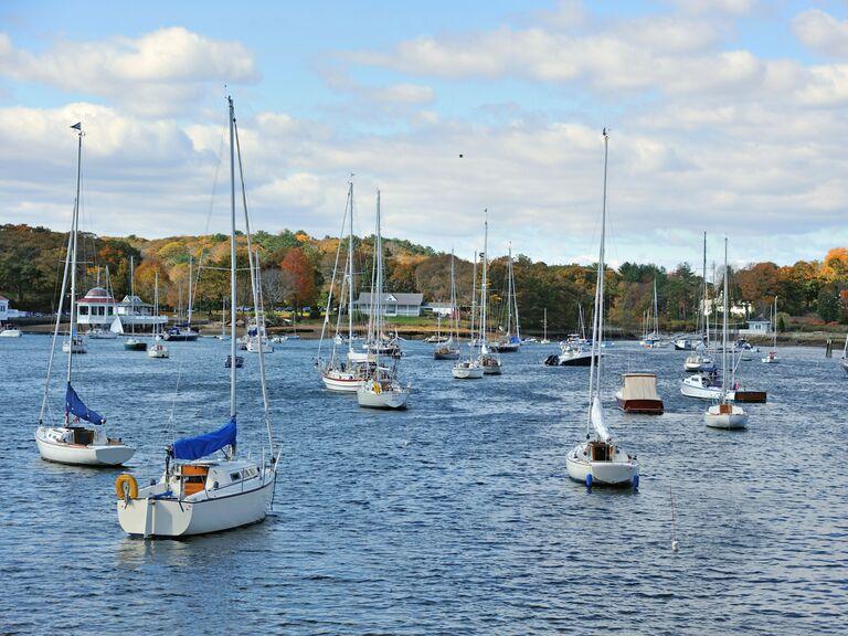 Merrimack River Manchester New Hampshire boats