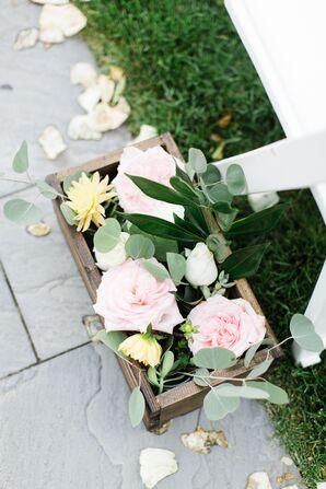 Garden-Style Rose and Dahlia Aisle Decor