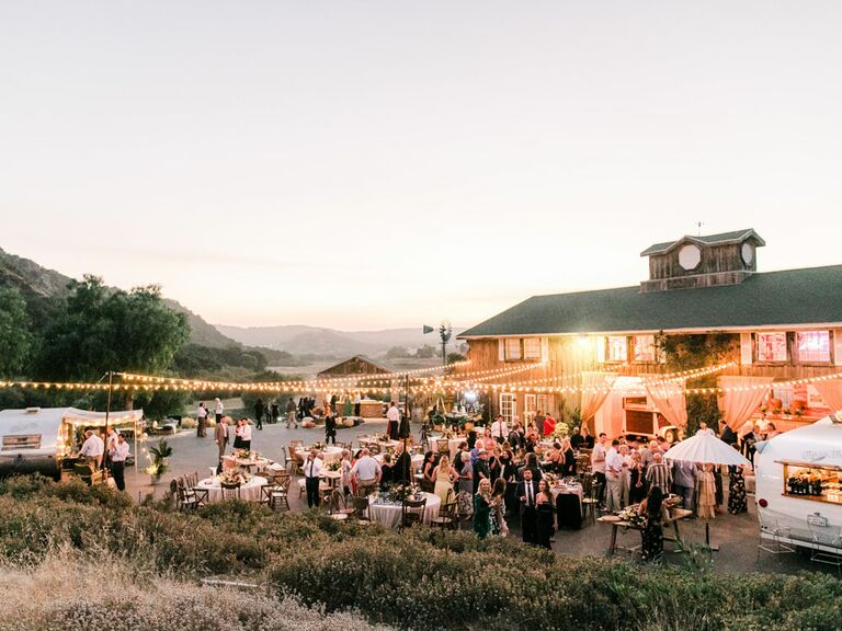 The Best Rustic Barn Wedding Ideas To Transform Your Venue