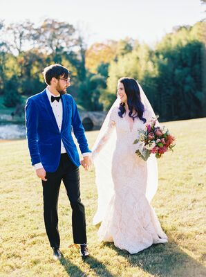 Bride and Groom Portraits Outdoors at The Graylyn Estate