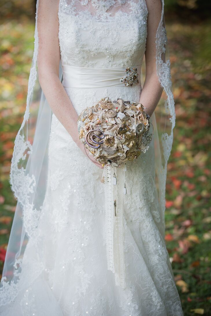 DIY Paper Rose and Brooch Bridal Bouquet