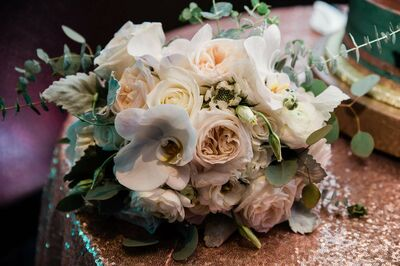 Simply Exquisite LLC Floral Designs & Special Events
