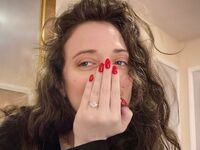 kat dennings engagement ring