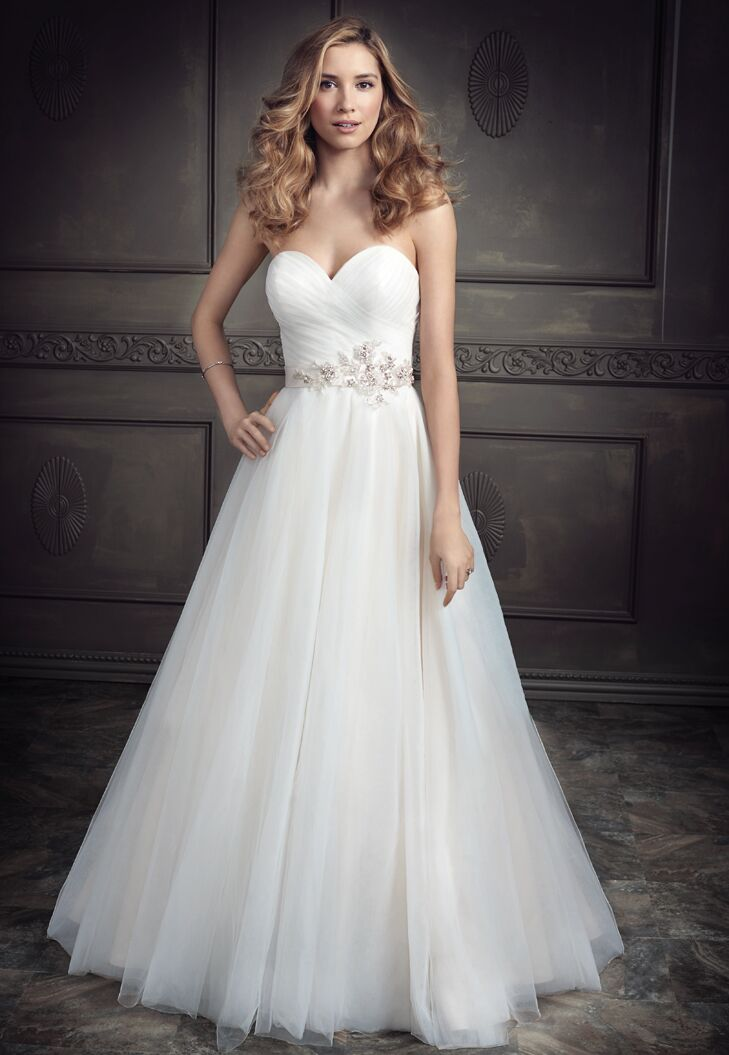 15 Wedding Dresses Under 1000