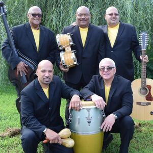 Newark, NJ Latin Band | Grupo Warachando