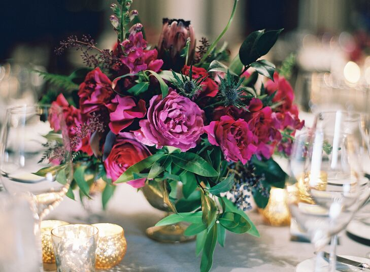 Dramatic thistle and Pink Rose Centerpiees