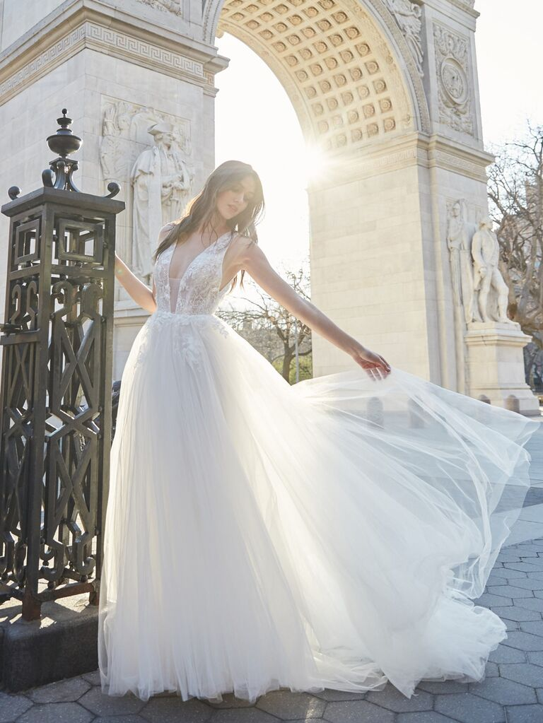 Bliss Monique Lhuillier​ romantic sexy wedding dress